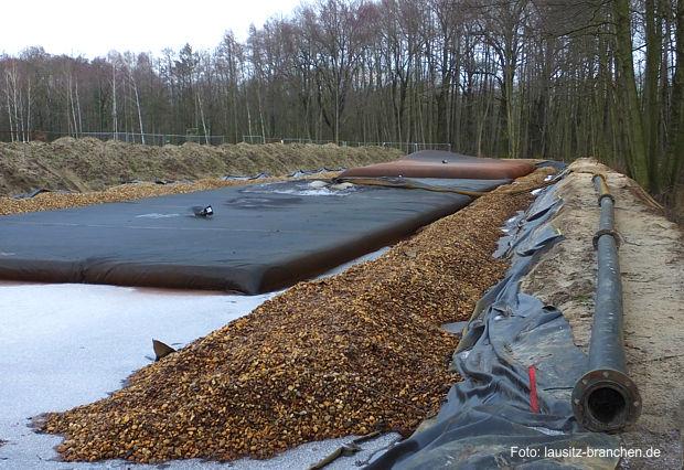 https://www.lausitz-branchen.de/medienarchiv/cms/upload/2016/februar/Geotube-Eisenbelastung-Spree.jpg