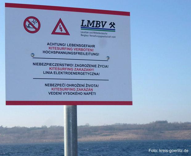 Verbotsschild Kitesurfing