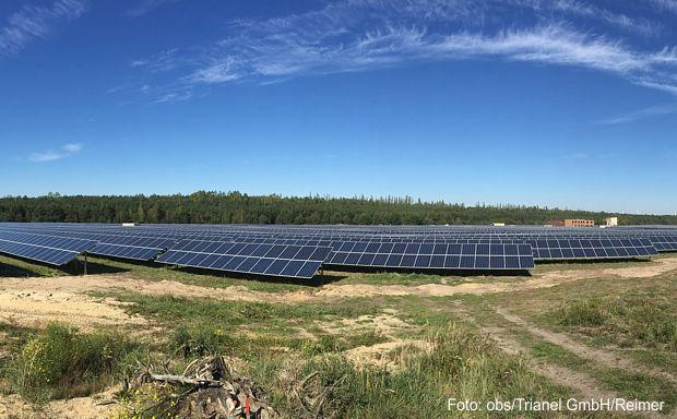 http://www.lausitz-branchen.de/medienarchiv/cms/upload/2016/februar/trianel-solarpark-pritzen.jpg