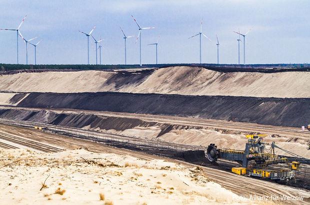 Volksbegehren gegen Windkraft ohne Braunkohlekritiker