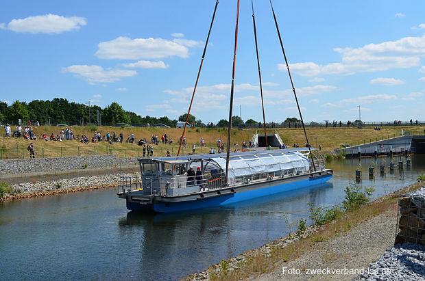 Solarkatamaran der Reederei Loewa im Lasuitzer Seenland