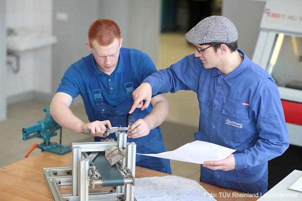 Praktische Ausbildung, TÜV Rheinland Lauchhammer