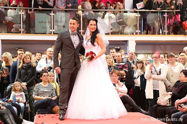 Hochzeitsmodenschauen