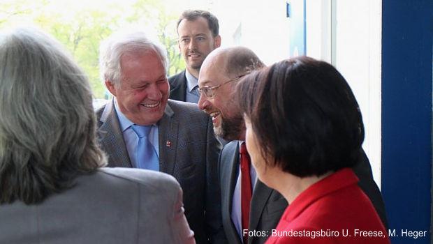 https://www.lausitz-branchen.de/medienarchiv/cms/upload/2017/januar/Kanzlerkandidat-Martin-Schulz-und-Uli-Freese.jpg