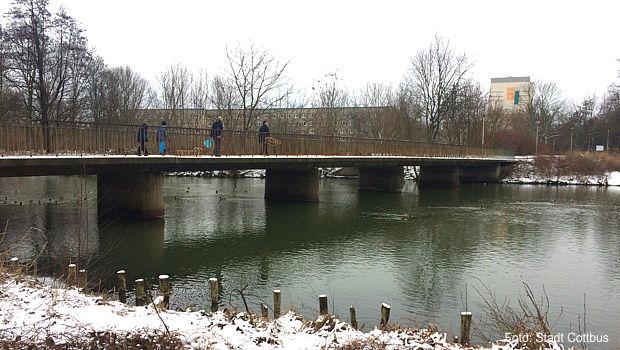 https://www.lausitz-branchen.de/medienarchiv/cms/upload/2017/januar/Sanzebergbruecke-Cottbus.jpg