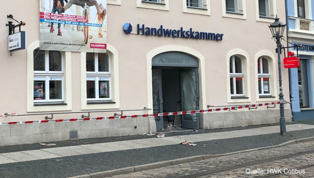 https://www.lausitz-branchen.de/medienarchiv/cms/upload/2017/juli/geldautomat-gesprengt.jpg