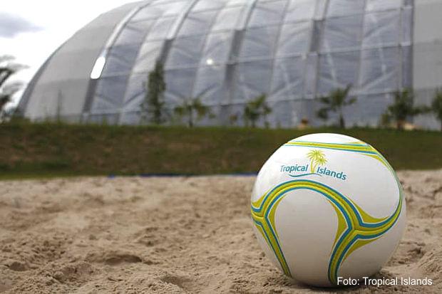 Beachsoccer mit Nationalspielern im Tropical Islands