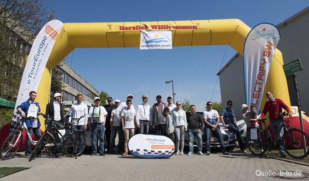 https://www.lausitz-branchen.de/medienarchiv/cms/upload/2017/juni/etour-Elektroauto-Rallye-Cottbus.jpg