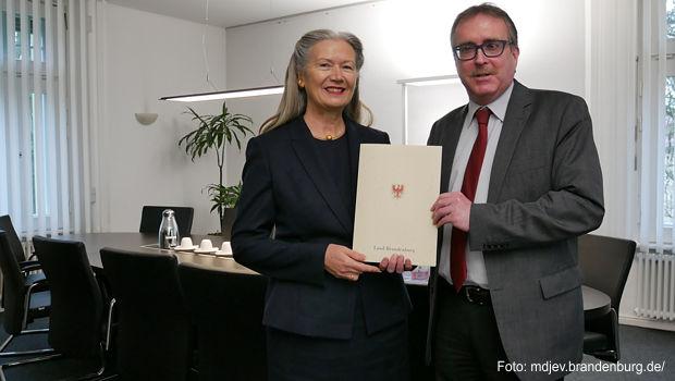 Erste Frau in das Präsidentenamt eines Brandenburgischen Landgerichts eingeführt