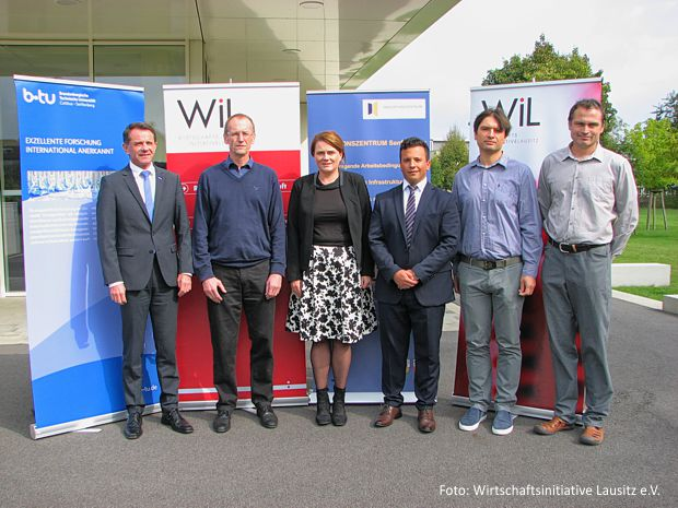 Preisträger des LWTP 2017 gemeinsam mit dem Juryvorsitzenden Jürgen Fuchs