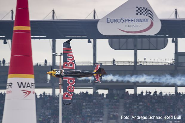 https://www.lausitz-branchen.de/medienarchiv/cms/upload/2017/september/Red-Bull-Air-Race-Lausitzring.jpg