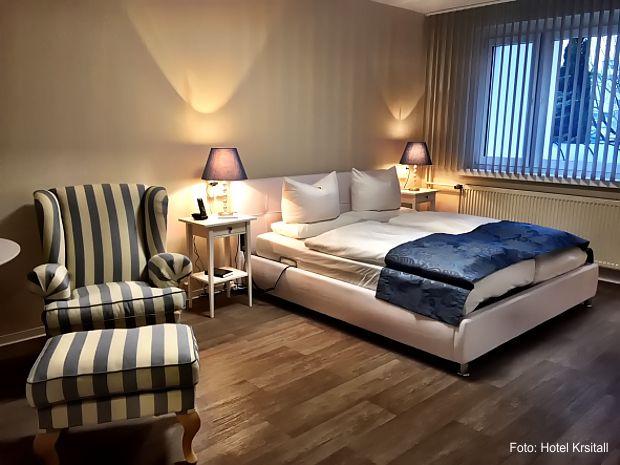 https://www.lausitz-branchen.de/medienarchiv/cms/upload/2018/april/hotelzimmer-barrierefrei-1.jpg