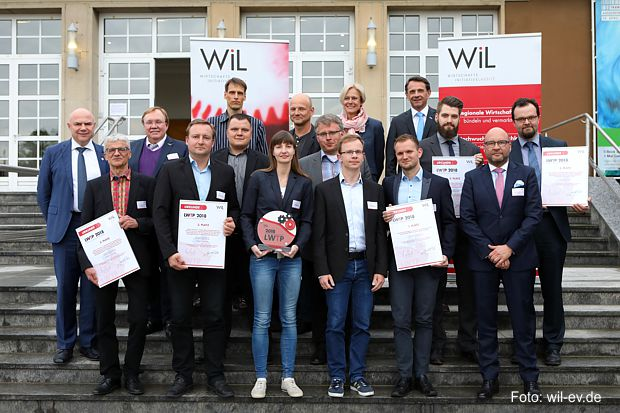 https://www.lausitz-branchen.de/medienarchiv/cms/upload/2018/april/preistraeger-lwtp-2018.jpg