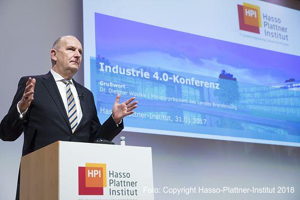 Woidke auf der Industrie-4.0-Konferenz 2018 am Hasso Platter Institut Potsdam