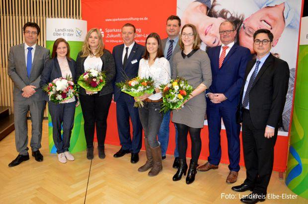Auch in diesem Jahr unterstützt der Landkreis Elbe-Elster Nachwuchskräfte im Bereich Medizin mit einem Stipendiatenprogramm
