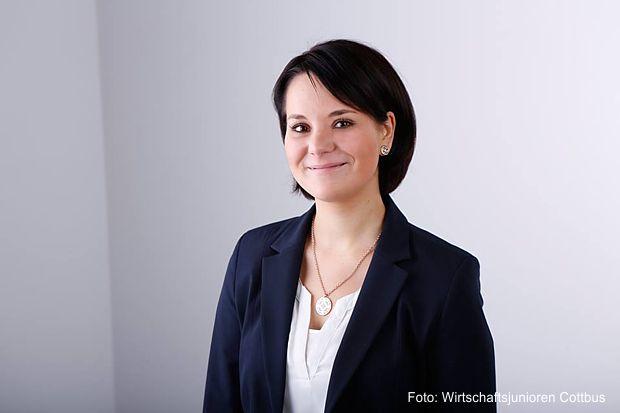 Lisa Schweizer, Geschäftsführerin der Schweizer Farbe + Gestaltung GmbH