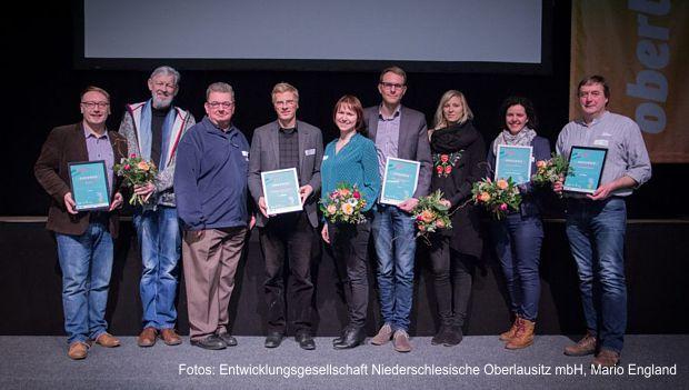 https://www.lausitz-branchen.de/medienarchiv/cms/upload/2018/maerz/SOEG-Tourismuspreis.jpg