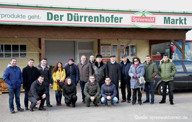 Führungskräfte aus landwirtschaftlichen Unternehmen Aserbaidschans