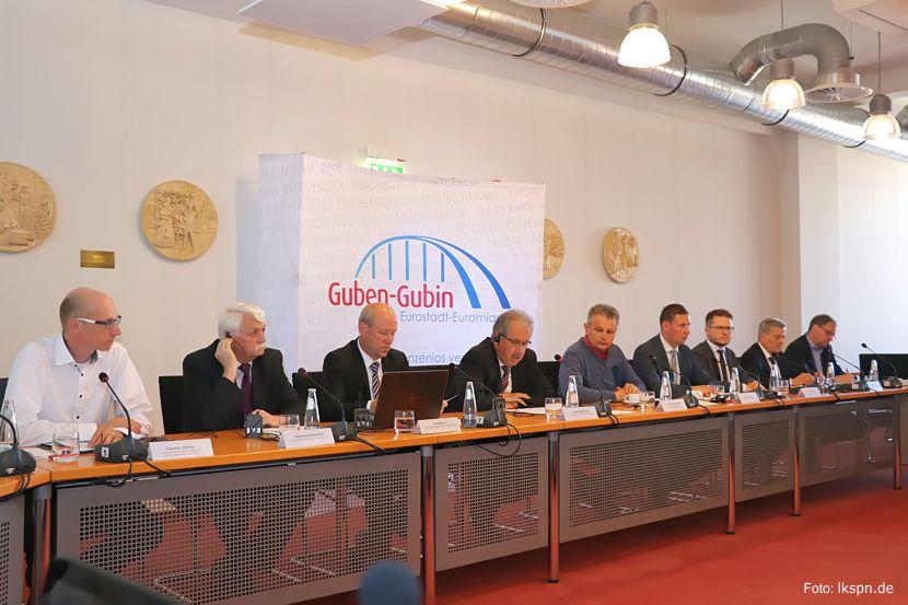 Pressekonferenz am 14.05.2018 in Guben zur Gemeinsamen Buslinie/Stadt Guben