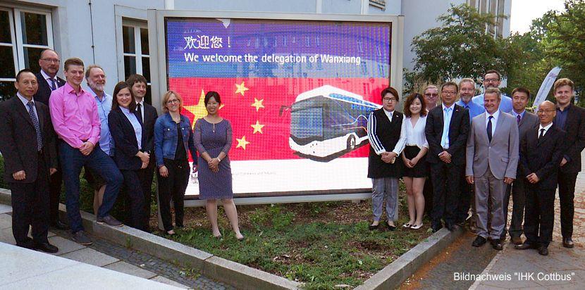 Wasserstoffbus-Hersteller besucht Lausitz