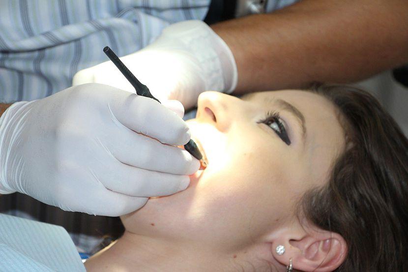 Zahnarztbesuche weiterhin möglich