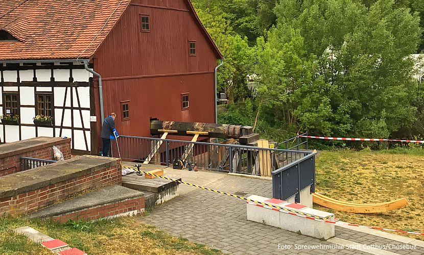 Spreewehrmühle bekommt neues Wasserrad