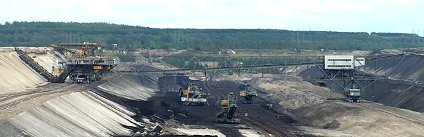 GRÜNE LIGA - Sternmarsches der vom Braunkohlentagebau bedrohten Dörfer